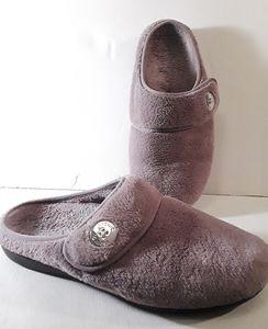 Vionic Furry Purple Slippers Size 10